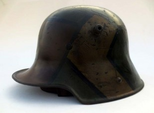 German M16 square-dip helmet w/fall of 1918 camo