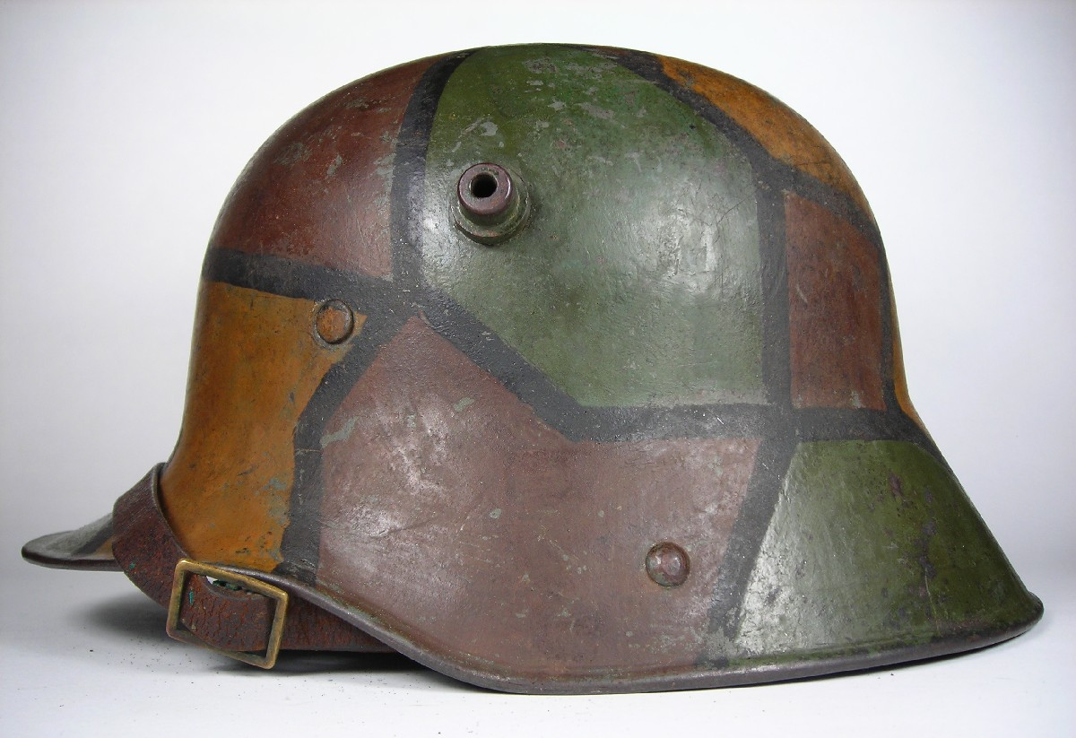 The truth about the camouflaged helmets of the Great War