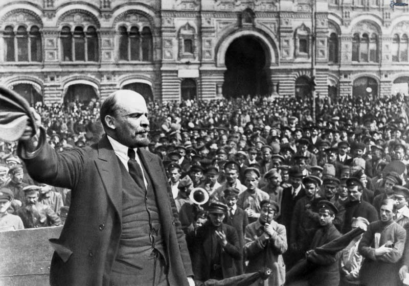 vladimir-lenin-crowd-communism-171818