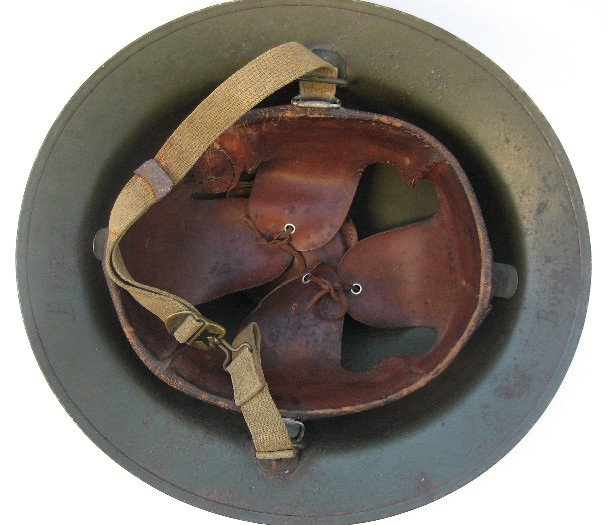 Liner and chinstrap of a U.S. p17-A1 Kelly helmet.