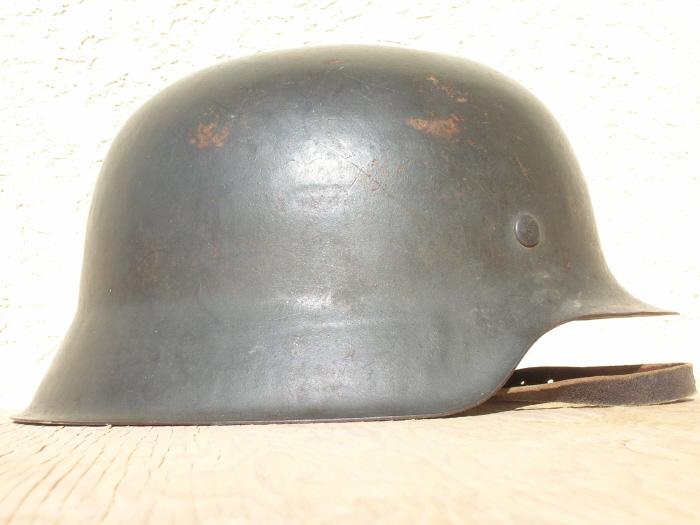 The M42 German helmet, the End of an Era