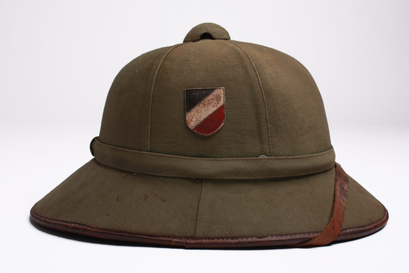 The M40 Tropical German pith helmet