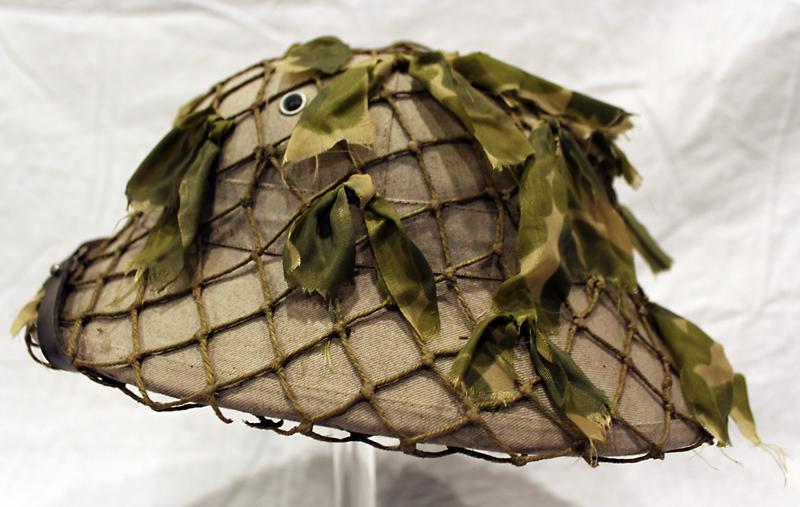 Viet-Minh/Kong pith helmet
