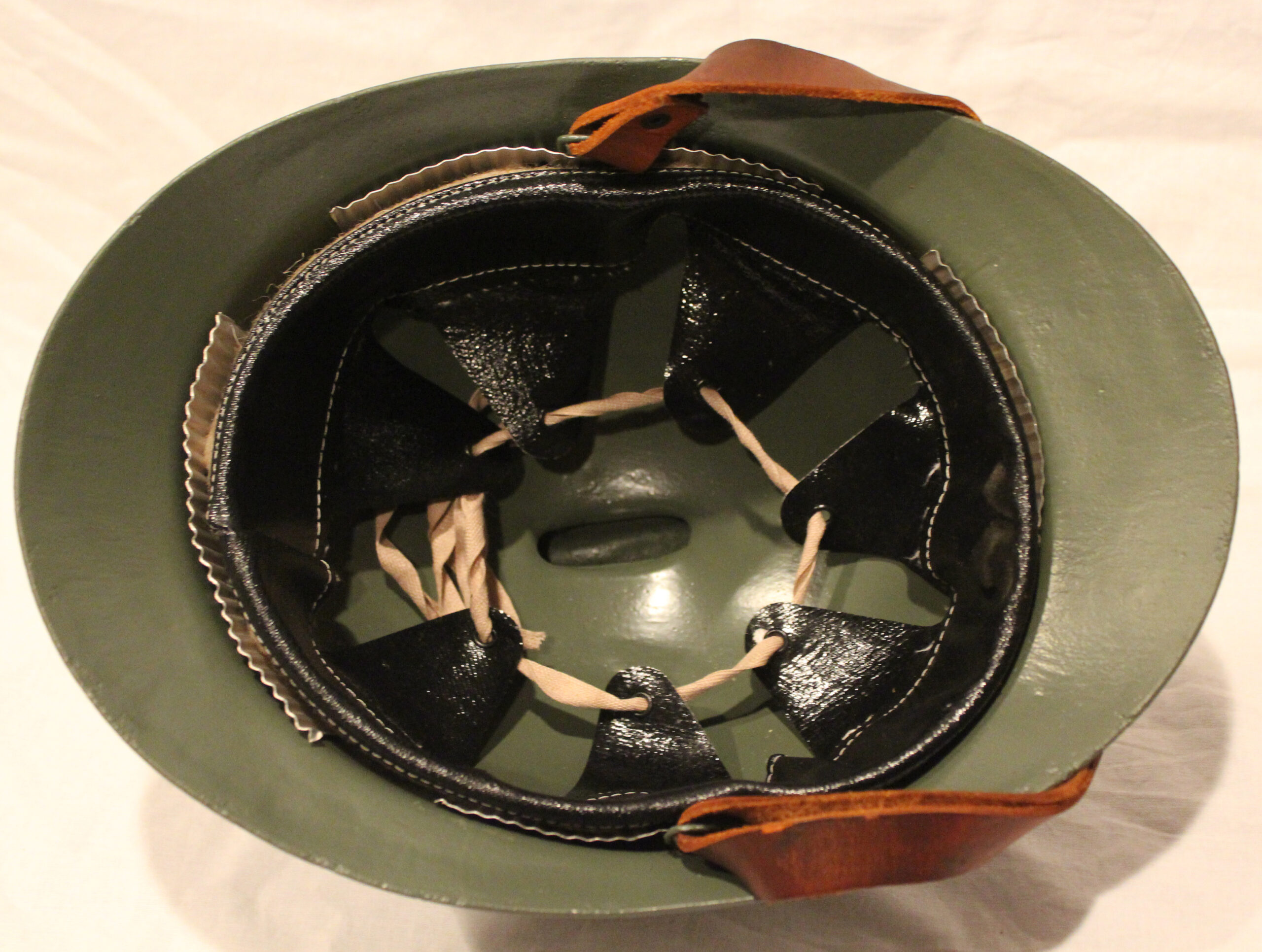 Italian M16 Bersagliere helmet